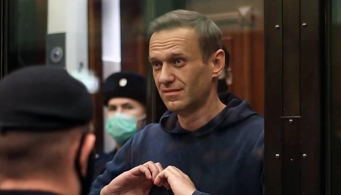 Navaļnijam tiesa piespriedusi trīsarpus gadu cietumsodu