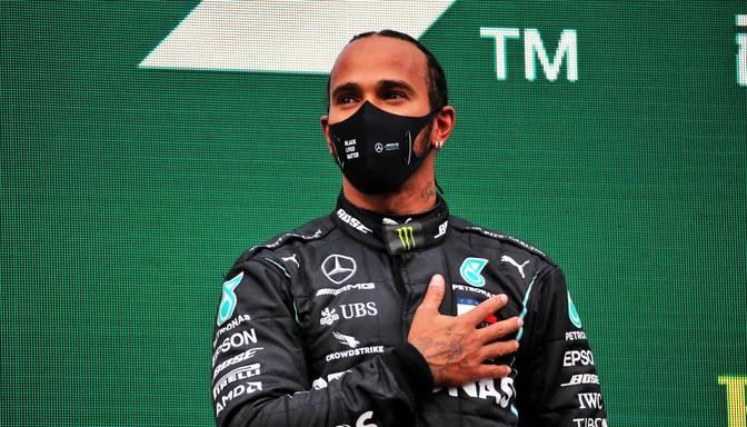 """Hamiltons uz 2021. gada sezonu pagarina līgumu ar """"Mercedes"""""""