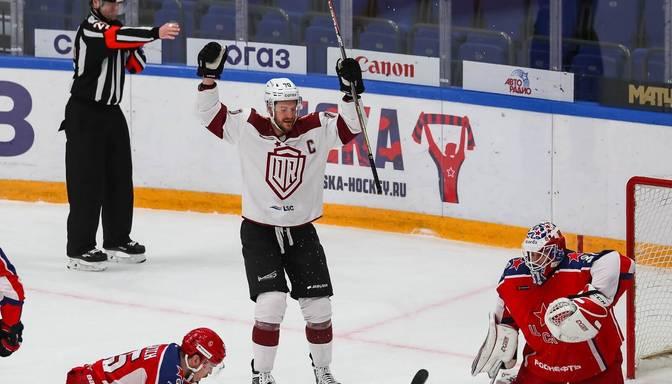"""Favorītu bieds – Rīgas """"Dinamo"""" Maskavā tikai papildlaikā piekāpjas CSKA"""