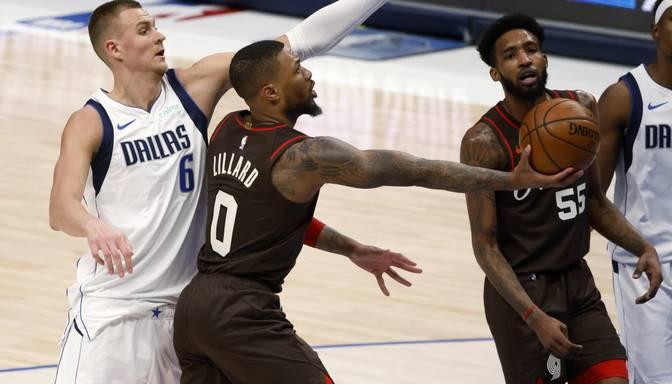 """Porziņģa """"Mavericks"""" spēles galotnē piekāpjas Portlendas """"Trail Blazers"""""""