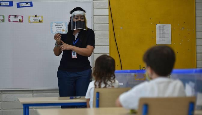 Skolotājiem individuālo konsultāciju apmaksai novirza 12,3 miljonus eiro