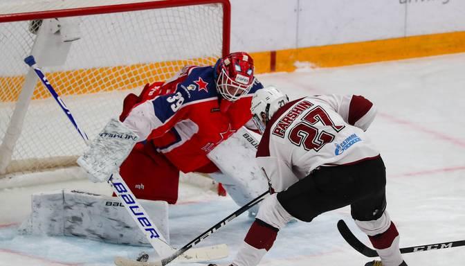 """Rīgas """"Dinamo"""" Maskavā uzvar ar daudziem jaunajiem spēlējošo CSKA"""