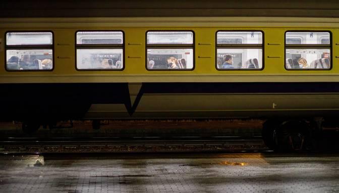 Epidemiologi aicina uzmanīties pirmdienas vilciena Jelgava-Rīga-Jelgava pasažierus