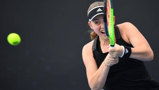 "Ostapenko sasniedz ""Gippsland Trophy WTA 500"" turnīra astotdaļfinālu"