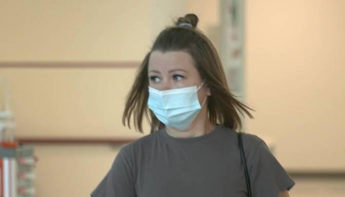 Pēc ilgstošas sejas maskas valkāšanas var rasties ādas problēmas
