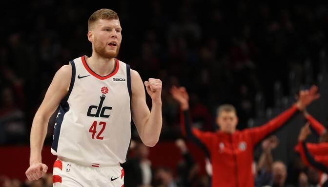 """Negaidīti pārliecinoša uzvara – Bertāns un """"Wizards"""" apspēlē Bostonas """"Celtics"""""""