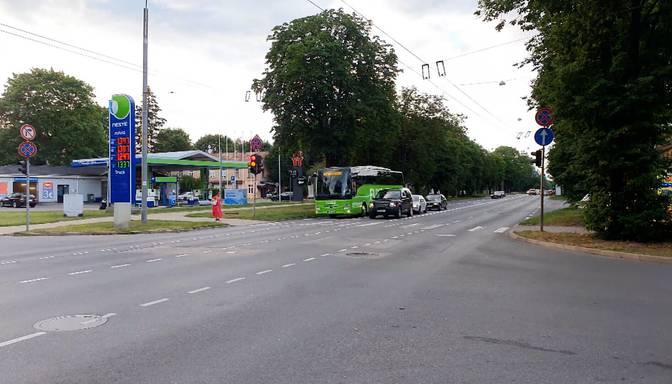 Par maksimālo sabiedriskā transporta piepildījumu valdība turpinās lemt nākamnedēļ