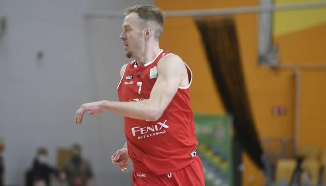 "Roberts Freimanis papildina Plovdivas basketbola klubu ""Akademik"""