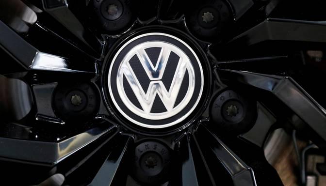"""Vācijā sākas tiesas prāva pret bijušajiem """"Volkswagen"""" vadītājiem """"dīzeļgeitas"""" lietā"""
