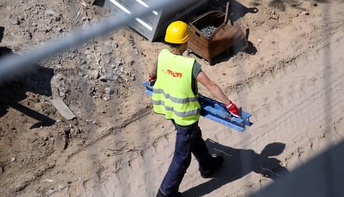 Astoņas sodītās būvfirmas pārsūdzējušas KP lēmumu būvnieku karteļa lietā