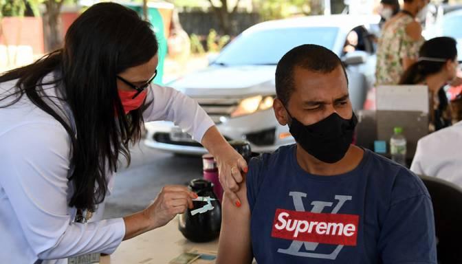 Brazīlijas Covid-19 vakcinācijas kampaņa ir viena no straujākajām pasaulē