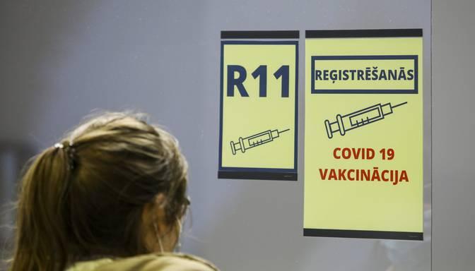 Prasība obligāti vakcinēties noteiktām profesijām varētu stāties spēkā divas nedēļas vēlāk par iepriekš plānoto