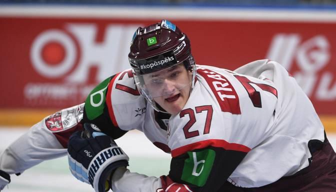 """Tralmaks septembrī piedalīsies NHL komandas """"Bruins"""" jauno spēlētāju treniņnometnē"""
