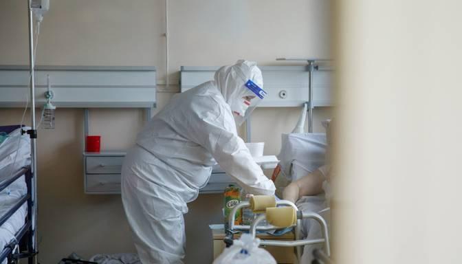 Latvijas slimnīcās turpina palielināties Covid-19 pacientu skaits, vakar sasniedzot 351