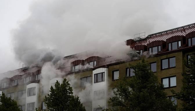 Daudzdzīvokļu mājā Gēteborgā noticis sprādziens; ievainoti vismaz 16 cilvēki