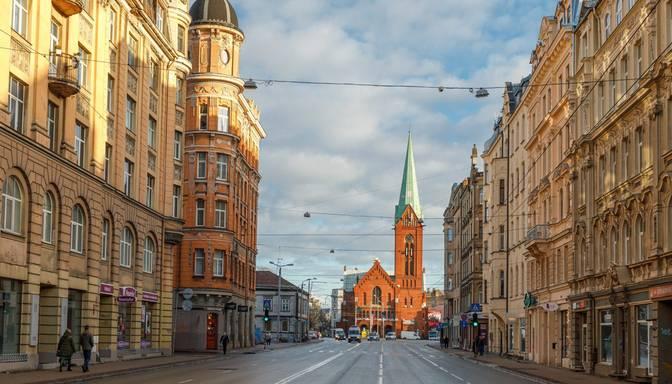 Aktīvisti Rīgā vēlas velojoslu arī Brīvības ielā