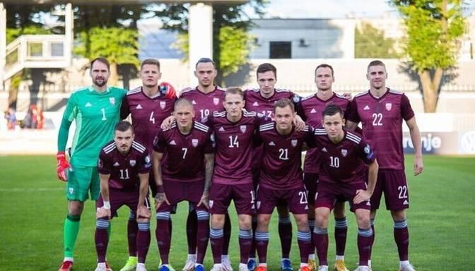 Latvijas futbola izlase FIFA rangā pakāpusies par vienu pozīciju
