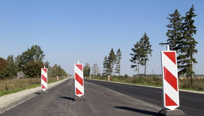 Valsts autoceļu tīklā būvdarbu dēļ daudzviet noteikti satiksmes ierobežojumi