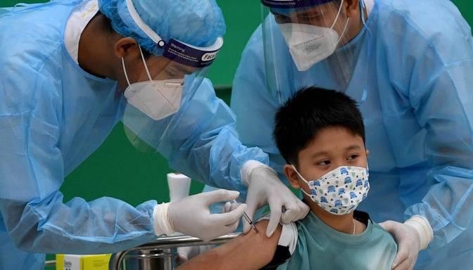 """""""Pfizer"""" un """"BioNTech"""" paziņo, ka to Covid-19 vakcīna ir droša bērniem no piecu līdz 11 gadu vecumam"""