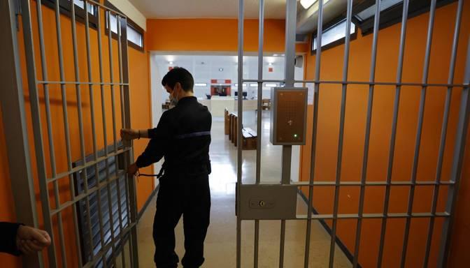 Dānija vēlas aizliegt ar mūža ieslodzījumu notiesātiem cietumniekiem iesaistīties romantiskās attiecībās