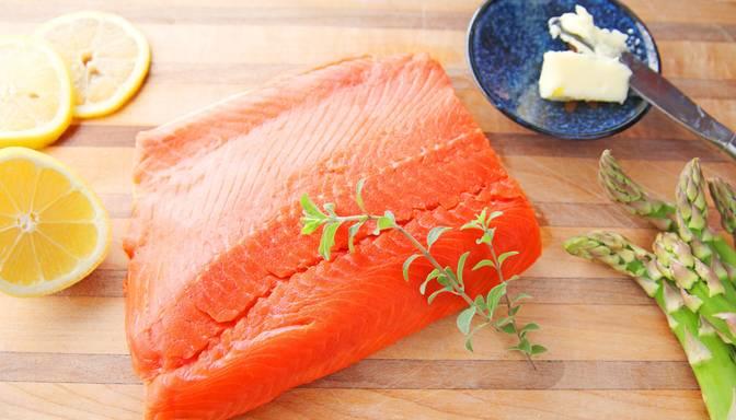 Latvija kļuvusi par vienu no retajām valstīm pasaulē ar atļauju eksportēt lašu dzimtas zivju produktus uz Austrāliju