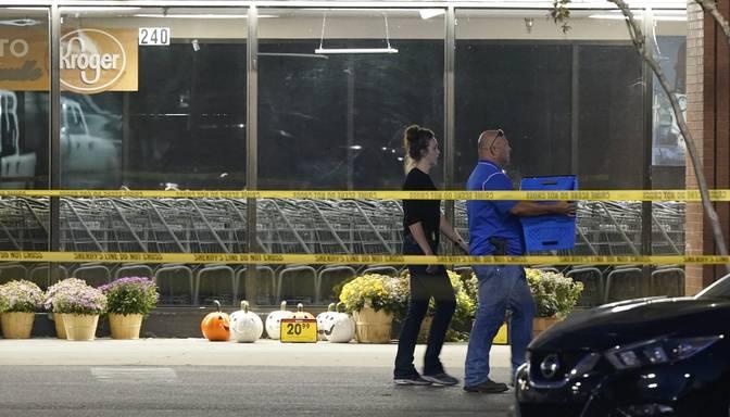 Šāvējs ASV lielveikalā nogalina vienu un ievaino 12 cilvēkus, pēc tam nošaujas