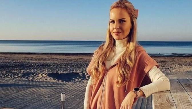 Maija Silova pamāca, kam pievērst uzmanību, iegādājoties baltu kreklu