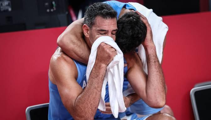 Leģendārais Argentīnas basketbolists Skola paziņo par karjeras beigām