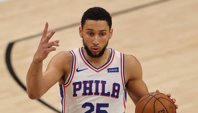 """Medijs: Simonss negaidīti ieradies Filadelfijā, lai gan paudis vēlmi pamest """"76ers"""""""