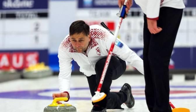 Latvijas kērlinga duets uzvar arī trešajā mačā olimpisko spēļu pirmskvalifikācijas turnīrā