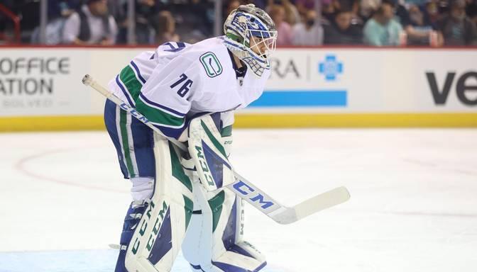 """Šilovs nosūtīts uz """"Canucks"""" fārmklubu AHL"""