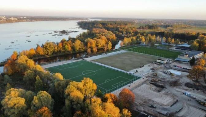 """""""LNK Properties"""" investē piecus miljonus eiro privātā sporta kompleksā Valdlaučos"""