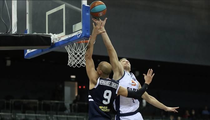 """Mejeris ar teicamu sniegumu kaldina """"Parma"""" uzvaru FIBA Eiropas kausa pirmajā spēlē"""