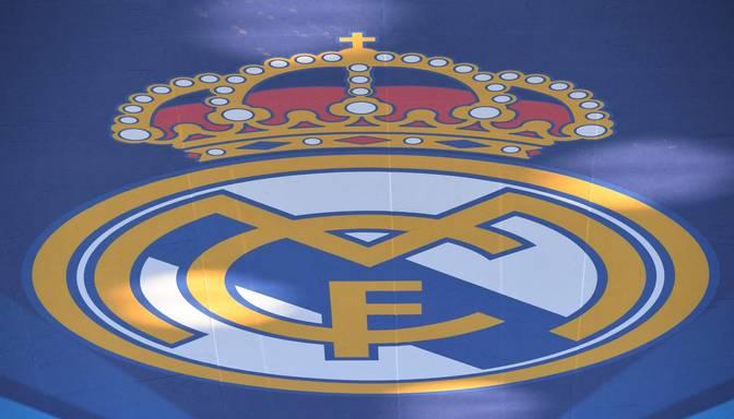 """13 gadus vecais Grīnvalds noslēdz līgumu par iekļaušanos Madrides """"Real"""" basketbola kluba sistēmā"""