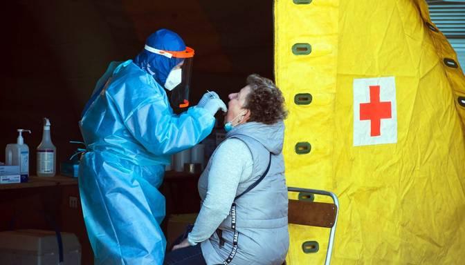 Lietuvā ar koronavīrusu inficējušies vēl 2556 cilvēki, bet 14 miruši