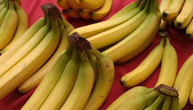 """Banānu """"drudzis"""" sociālajos tīklos"""