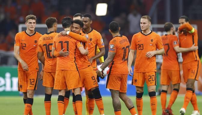 Nīderlandes izlase mačam pret Latviju gatavosies ar diviem debitantiem sastāvā