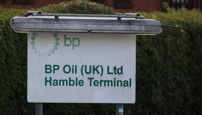 Bruņotie spēki nāk talkā degvielas piegādātājiem Lielbritānijā