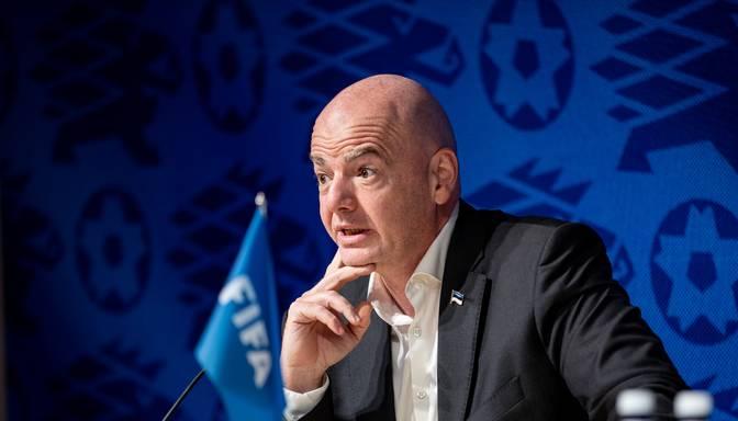 FIFA prezidents: Latvijas futbolam augstāka līmeņa sasniegšanai nepieciešams moderns stadions