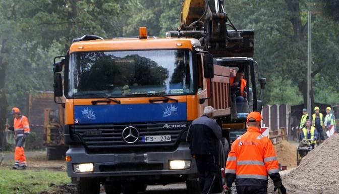 Tuvākajos gados Kurzemē plāno atjaunot valsts reģionālos autoceļus vismaz 230 kilometru garumā