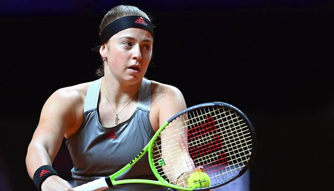"""Ostapenko sasniedz Indianvelsas """"WTA 1000"""" sērijas turnīra trešo kārtu"""