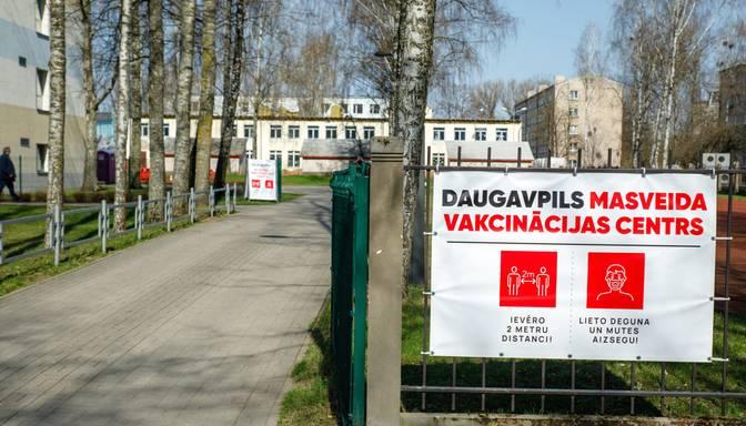 Daugavpils pašvaldība izdod rīkojumu līdz 15.novembrim darbiniekiem vakcinēties pret Covid-19