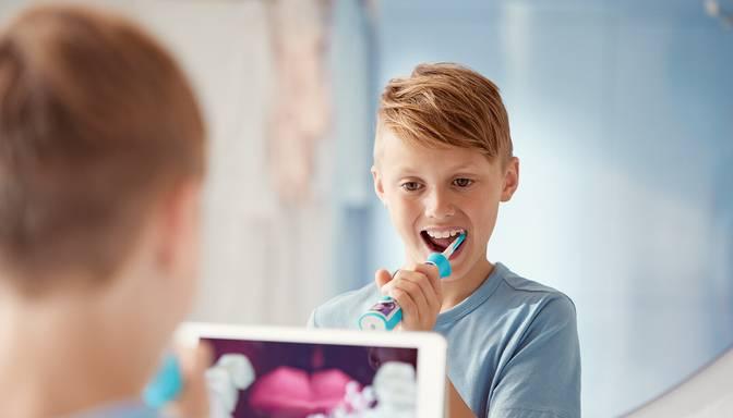 Pāragrs piena zoba zaudējums var radīt problēmas bērna attīstībā. Kāpēc par piena zobiem ir jārūpējas pat vairāk nekā par pastāvīgajiem?