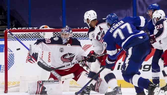 """Merzļikins stāsies """"Blue Jackets"""" vārtos NHL sezonas pirmajā spēlē"""