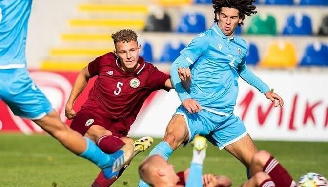 Latvijas U21 futbolisti uzvar Sanmarīno un sasniedz simts vārtu robežu