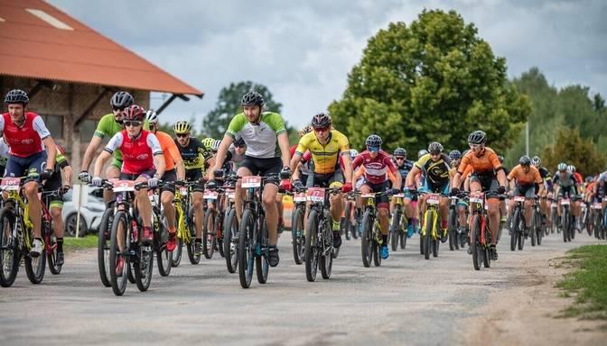 Kalnu riteņbraukšanas maratonā Cēsis – Valmiera uzvar Ālītis un Laizāne