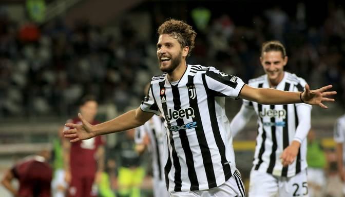 """Lokatelli izrauj """"Juventus"""" uzvaru Turīnas derbijā"""