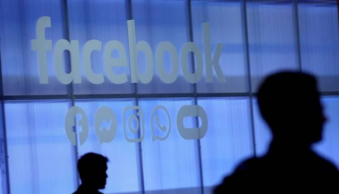 """Krievija draud """"Facebook"""" ar milzīgu sodanaudu par satura nedzēšanu"""