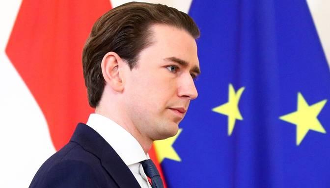 Kurcs paziņo par atkāpšanos no Austrijas kanclera amata