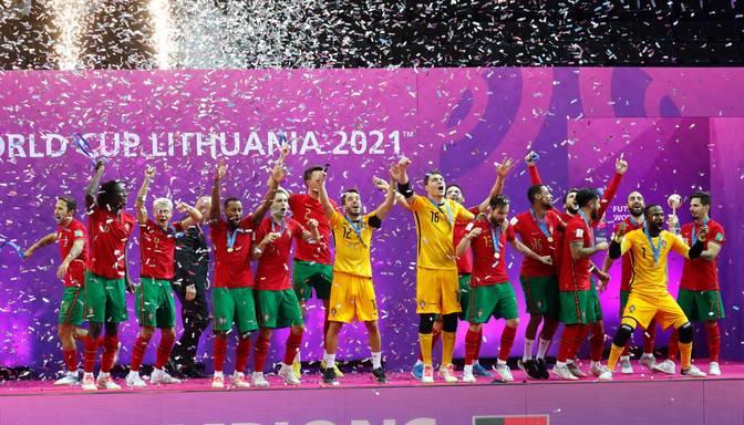 Pasaules kausā telpu futbolā par čempioni tiek kronēta Portugāles izlase